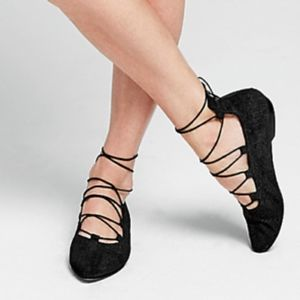 Eileen Fisher lace up black flats